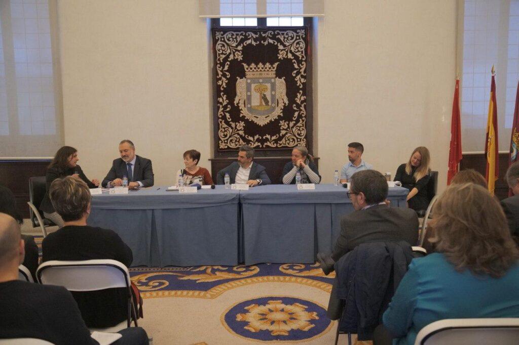 El Ayuntamiento impulsará una red de empresas que favorezcan la igualdad laboral entre mujeres y hombres
